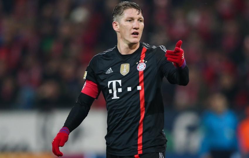 Bayern Munchen Ingin Tukar Di Maria dengan Schweinsteiger