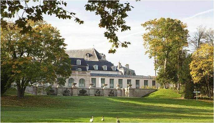 Inggris Sudah Booking Hotel di Prancis